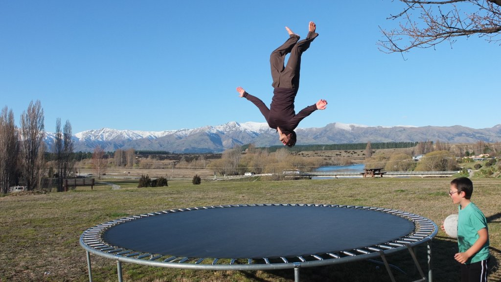 trampoline003
